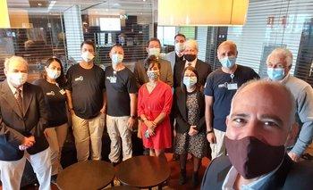 Delegación de médicos que llegaron de Israel este martes.