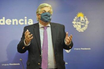 """El canciller dijo que  Uruguay debe """"poner las barbas en remojo y poner atención a los aspectos culturales y las exigencias del mercado chino""""."""