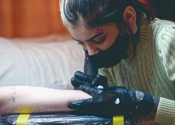 Los nuevos tatuajes efímeros duran un año en la piel