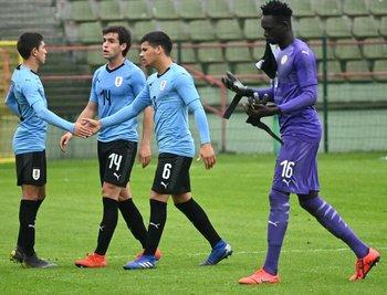 Uruguay le ganó 2-1 a Senegal