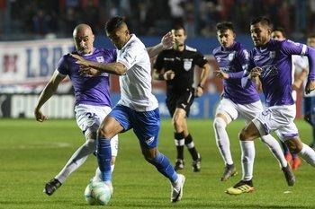 Ramírez escapa de la marca de Correa y Gómez