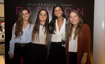 Milagros Abal, Romina Féola, Camila Abreu e Inés Levrero
