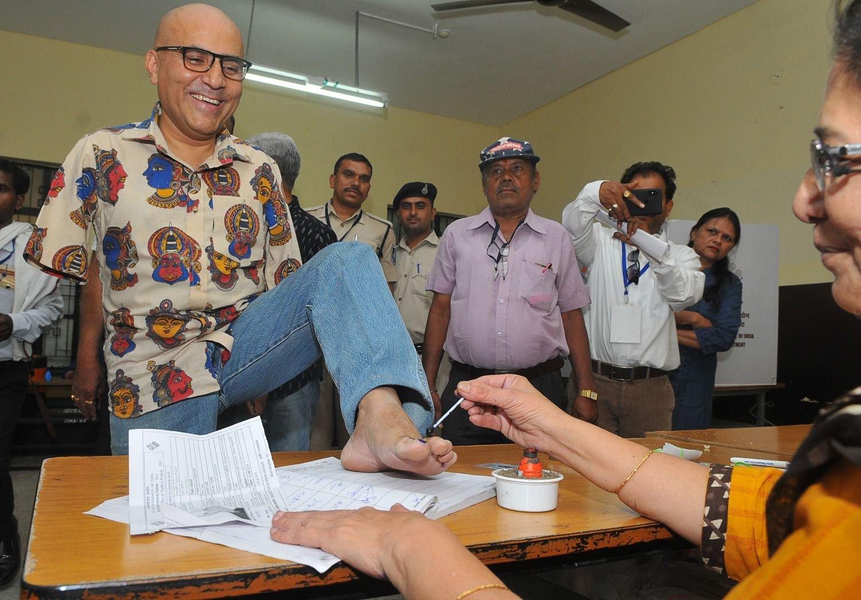 Primer ministro de la India arrasa en elecciones y logra nuevo mandato
