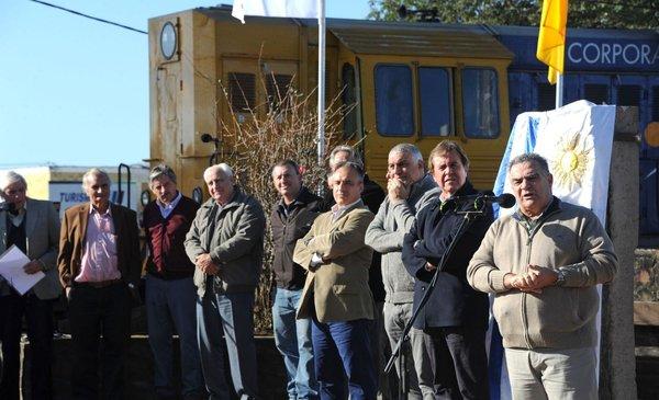 Intendentes blancos del interior defendieron al tren y UPM