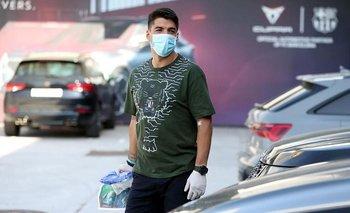 Suárez en su llegada al complejo de FC Barcelona: la foto que levantó críticas