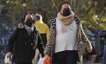 """El MSP pide """"socializar en espacios con buena circulación de aire y usando siempre el tapabocas"""""""