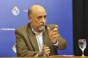 El ministro de Trabajo, Pablo Mieres, durante la conferencia de este viernes