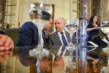 El secretario de la Presidencia junto al ministro de Educación, Pablo da Silveira