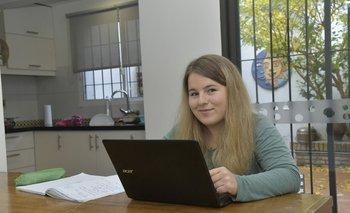 Aleksandra Petrykiewicz es una estudiante de intercambio polaca en la Universidad de Montevideo