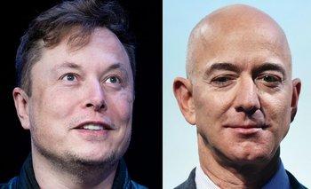 La batalla espacial entre ambos magnates es también una guerra de egos