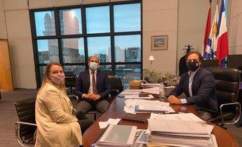 Luis Lacalle Pou reunido con Martín Lema y Andrea Brugman, nuevos ministro y subsecretaria del Mides