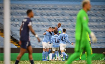 El festejo del City, gol de Riyad Mahrez