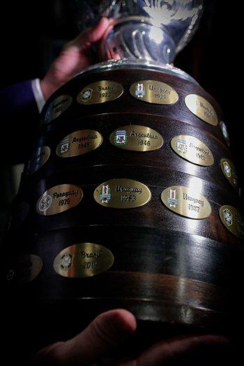 La Conmebol confirmó que en Colombia no se jugará la Copa América y busca posibilidades en Argentina