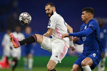 Karim Benzema anulado por Thiago Silva
