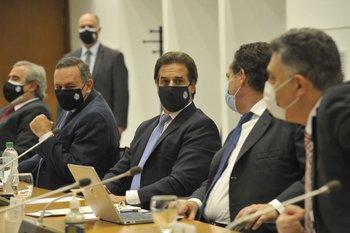 Luis Lacalle Pou durante un Consejo de Ministros