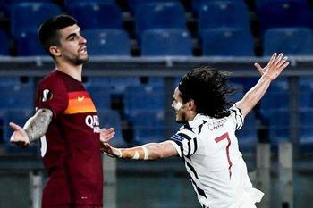 El festejo de Cavani, la desazón de Mancini