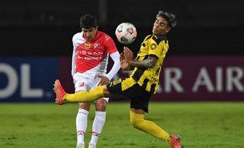 Facundo Torres, una de las claves ofensivas de Peñarol ante River Plate