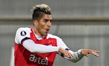 Leandro Fernández festeja su gol frente a Católica