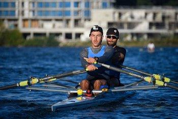 En pleno entrenamiento en el lago Calcagno