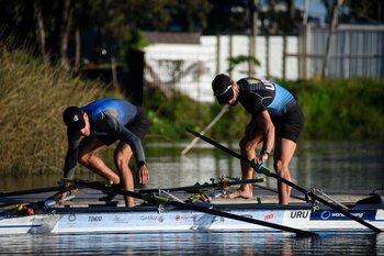 Klüver y Cetraro entran al agua