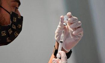 Hasta el 31 de mayo, Covax entregó 77 millones de dosis a 127 países y territorios, mucho menos de lo previsto