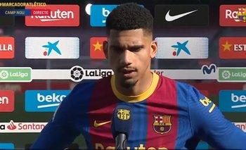 Ronald Araújo sigue creciendo en su juego en Barcelona