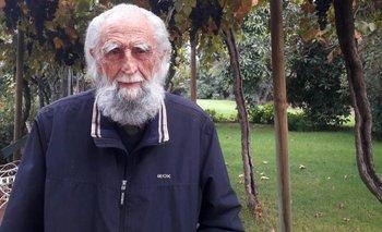 El filósofo chileno Gastón Soublette está recluido en su casa en la ciudad de Limache, en la región de Valparaíso, desde que comenzó la pandemia.