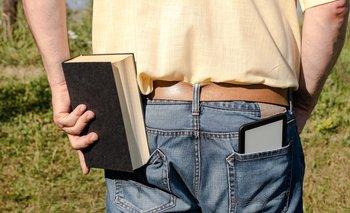 El cambio que Internet ha introducido en la lectura es enorme, tanto que hablamos de un cambio de paradigma