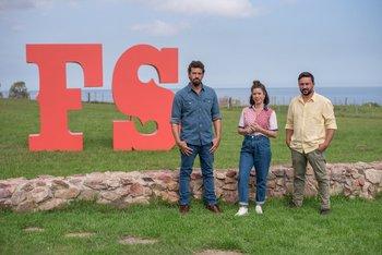 Federico Desseno, Lucía Soria y Aldo Cauteruccio, jurado y conductores de Fuego sagrado