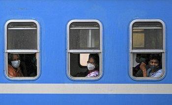 Pasajeros de tren en Sri Lanka