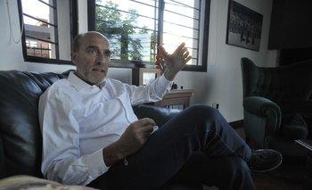"""Daniel Martínez, excandidato a presidente, se define ahora como un """"militante de base"""" que quiere ayudar a sanar heridas en el Frente Amplio"""