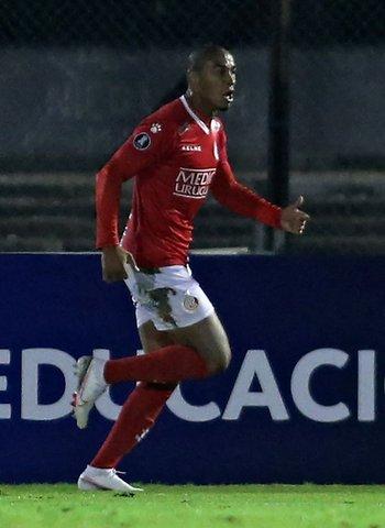 Martín González, el gol del empate