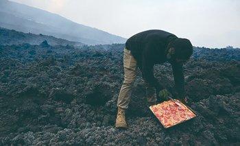 David García prepara su pizza volcánica