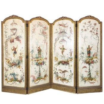 """Lote 882. Biombo francés estilo chinoiserie, siglo XIX. Cuatro hojas con paneles pintados a mano """"personajes, aves y flores"""" en óleo sobre tela. Estructura en madera tallada y dorada estilo Luis XVI. Medida de cada panel 163 x 62 cm. Óleo craquelado."""