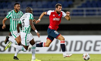 Guzmán Corujo jugó un gran partido en Colombia
