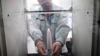 Prueba de resistencia de un preservativo