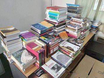 Los libros estarán identificados como parte de la colección del expresidente