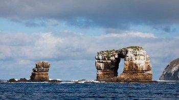 20210518 Las aguas alrededor del Arco de Darwin son consideradas como un paraíso para los submarinistas