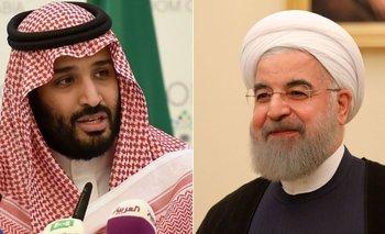 El príncipe heredero Mohamed bin Salman y el presidente de Irán, Hassan Rouhani