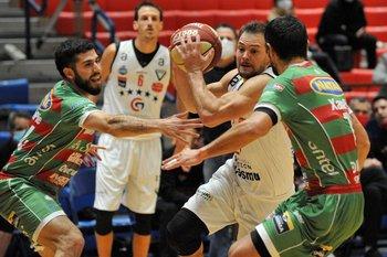 Bascou marcado por Pereiras y García Morales
