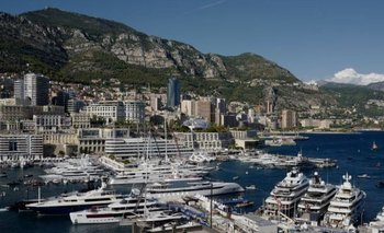 Mónaco es un punto habitual de concentración de súperyates