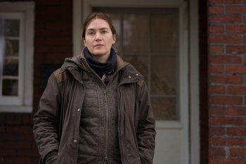 Kate Winslet es la detective Mare Sheehan en Mare of Easttown