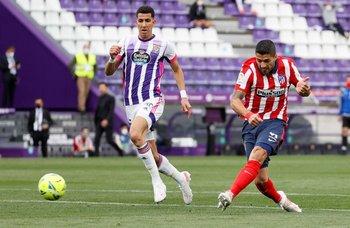 El zurdazo de Luis Suárez para marcar el segundo gol del Atlético