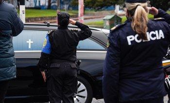 La Policía le rindió a Larrañaga diferentes homenajes a lo largo del país