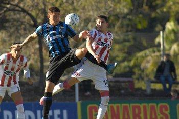 Gonzalo Nápoli y el Colo Ramírez luchan por lo alto