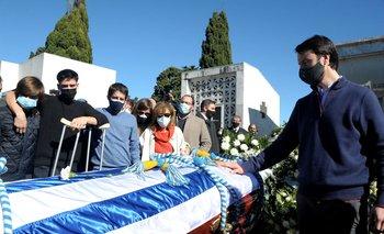 Los hijos de Larrañaga le dan el último adiós