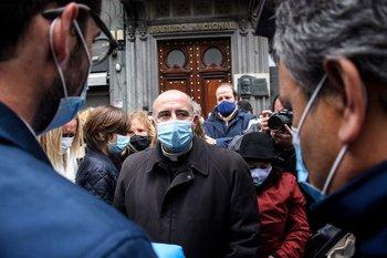 Daniel Sturla en el velatorio del ministro Jorge Larrañaga
