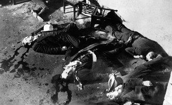La violencia, como la de la masacre del día de San Valentín, así como la diversión, son las dos caras más conocidas de la Ley Seca en EEUU