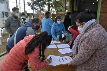 Vacunación Barrio a Barrio comienza este lunes en Montevideo