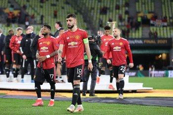Bruno Fernandes encabeza la fila de los jugadores rojos